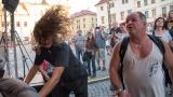 Podvečerní koncert na klatovském náměstí přilákal početné publikum (55 / 56)