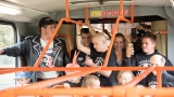 Punkový koncert v tramvaji? V Plzni to jde! (19 / 81)
