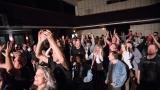 Rocková tancovačka měla v Horažďovicích skvělou atmosféru (32 / 48)