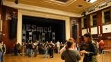 Rockové melodické písničky i smutnější balady si zazpívali fanoušci v Písku s kapelou Desmod (3 / 44)