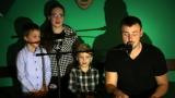 Michal Kindl s rodinou posilou (rodinným pěveckým sborem) (10 / 49)