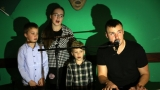 Michal Kindl s rodinou posilou (rodinným pěveckým sborem) (11 / 49)