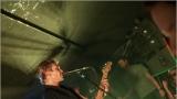 Klub zahalen do dýmu a mraky nadšených fanynek: Tak vypadal čtvrteční koncert kapely Mandrage v pražském Rock Café (42 / 69)