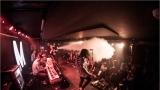 Klub zahalen do dýmu a mraky nadšených fanynek: Tak vypadal čtvrteční koncert kapely Mandrage v pražském Rock Café (59 / 69)
