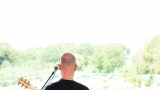 První ročník benefičního Rocfestu Nučice je za námi. Akce plná dobré muziky, nadšených návštěvníků a dobré myšlenky se povedla na výbornou. (19 / 182)