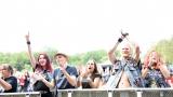 První ročník benefičního Rocfestu Nučice je za námi. Akce plná dobré muziky, nadšených návštěvníků a dobré myšlenky se povedla na výbornou. (37 / 182)