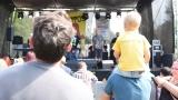 První ročník benefičního Rocfestu Nučice je za námi. Akce plná dobré muziky, nadšených návštěvníků a dobré myšlenky se povedla na výbornou. (49 / 182)