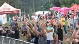 První ročník benefičního Rocfestu Nučice je za námi. Akce plná dobré muziky, nadšených návštěvníků a dobré myšlenky se povedla na výbornou. (84 / 182)