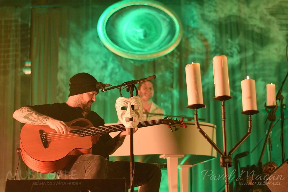 Akustický koncert Škworu je krásným, …