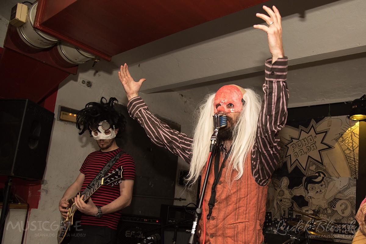 Kapela Kabaret Dr. Caligariho