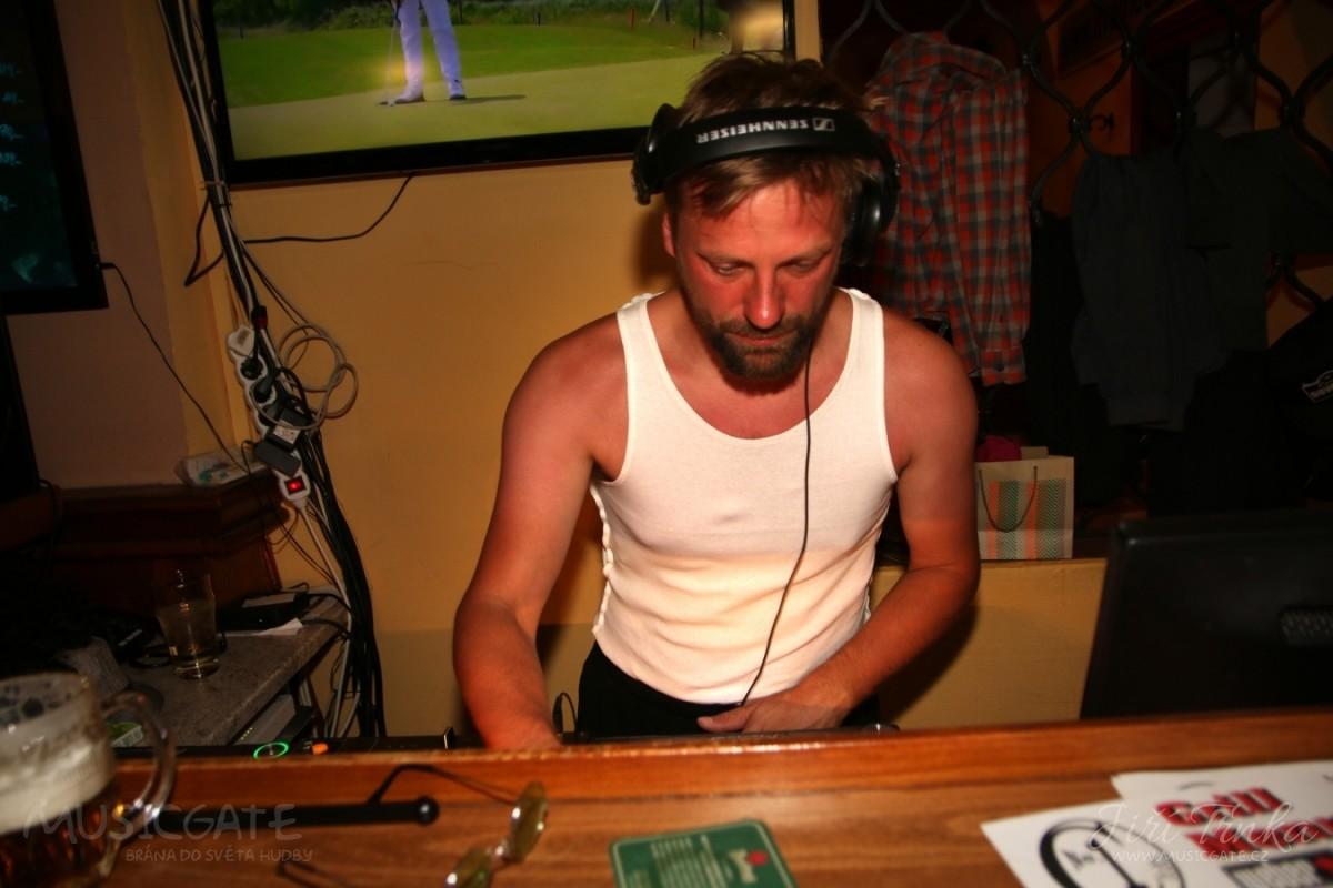 DJ Šlapy    pro spoustu z nás …