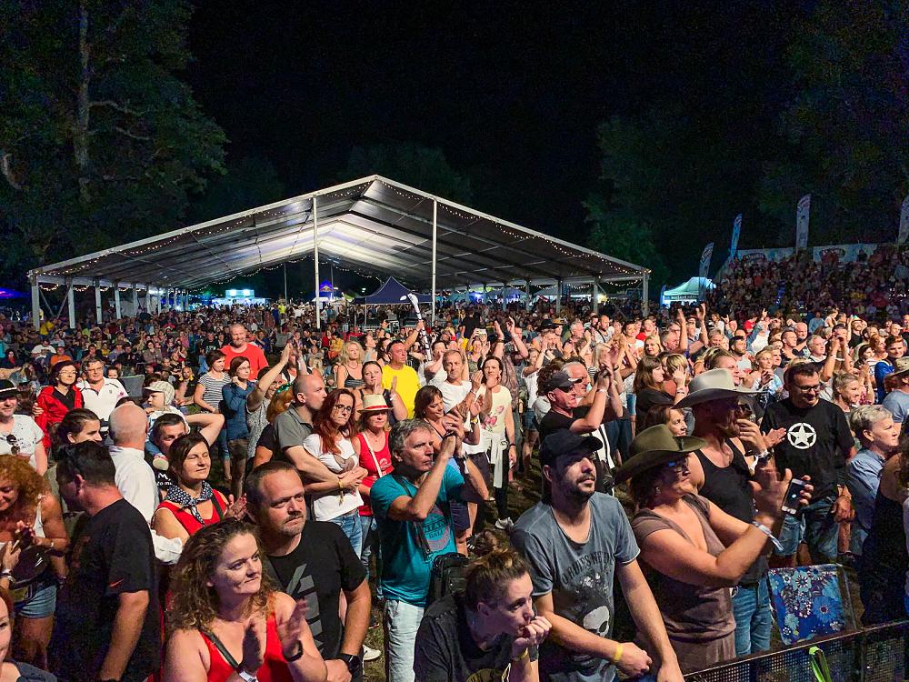 Publikum na Lodenici potěšil český folkový …