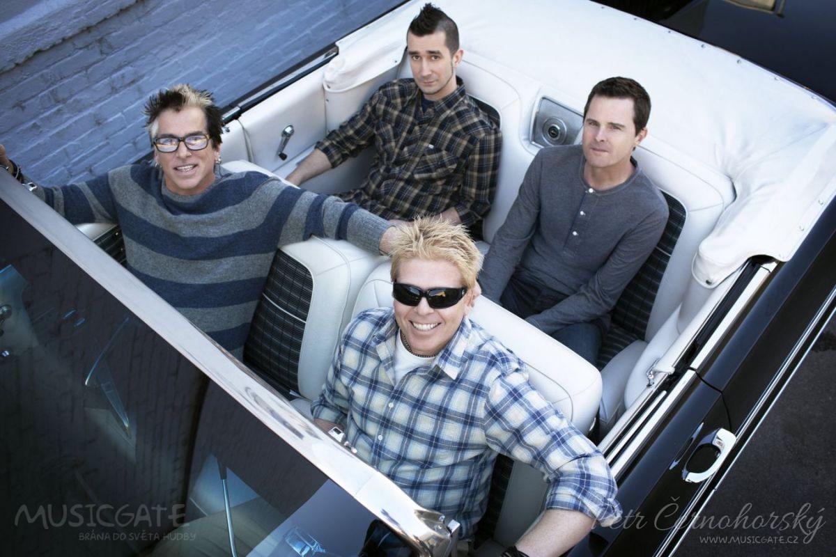 The Offspring oznamují samostatný …