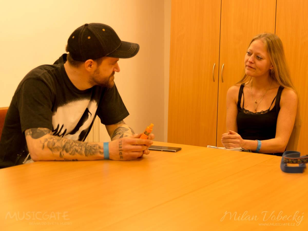 To jsme se tak potkali v Berouně na Pražským …