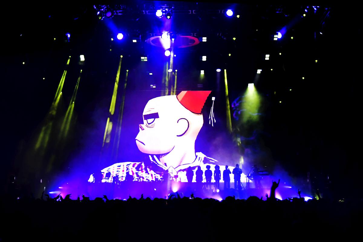 Gorillaz je britská hudební kapela složená ze …
