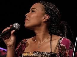 Vynikající gospelový souborStella Jones …