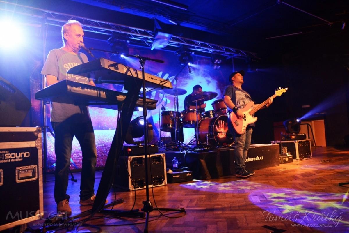 V sobotu 18. 11. 2017 vystoupila skupina Keks …