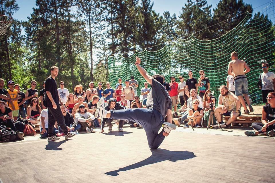 """Festival """"Hip-Hop Žije"""" ovládne leto 2018 na …"""