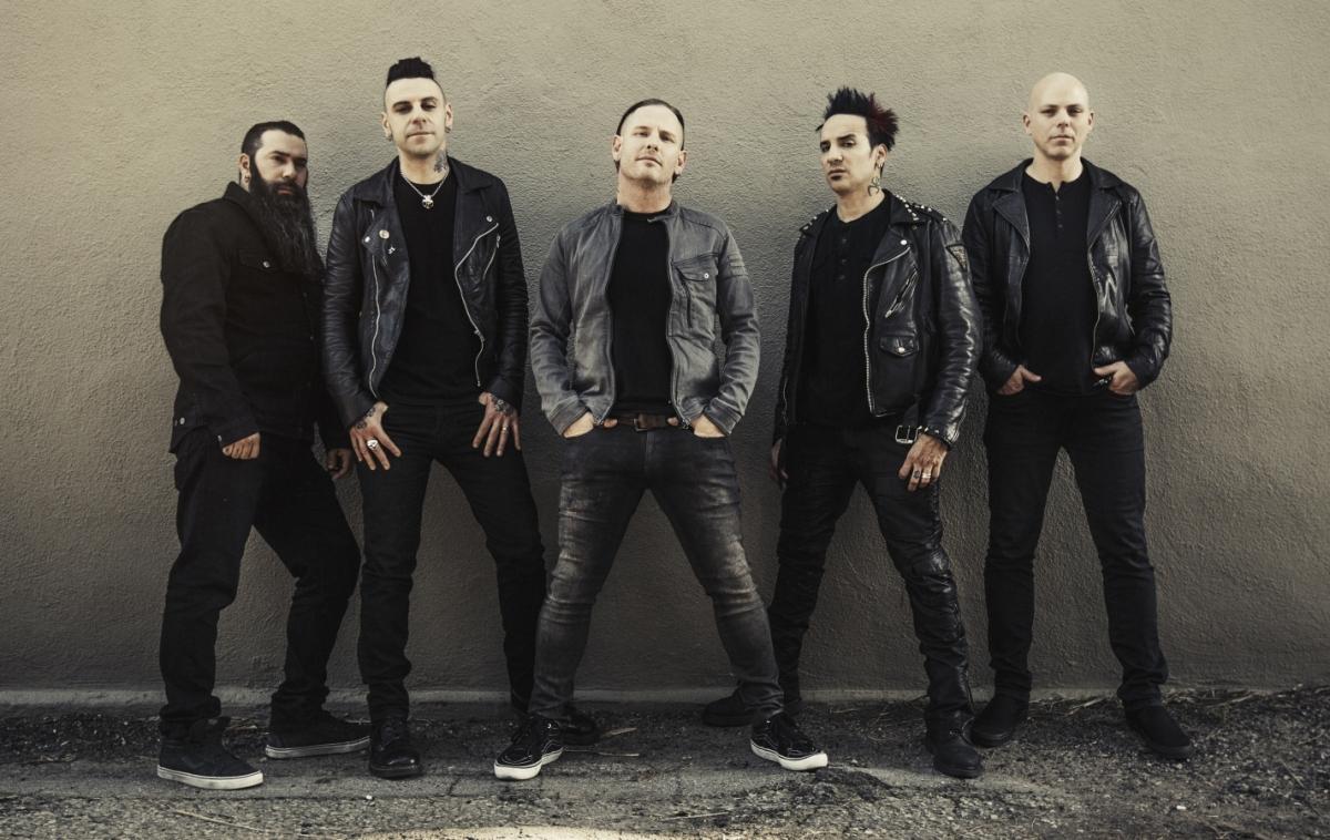 Stone Sour Spolupracoval s Korn, Distrurbed, …
