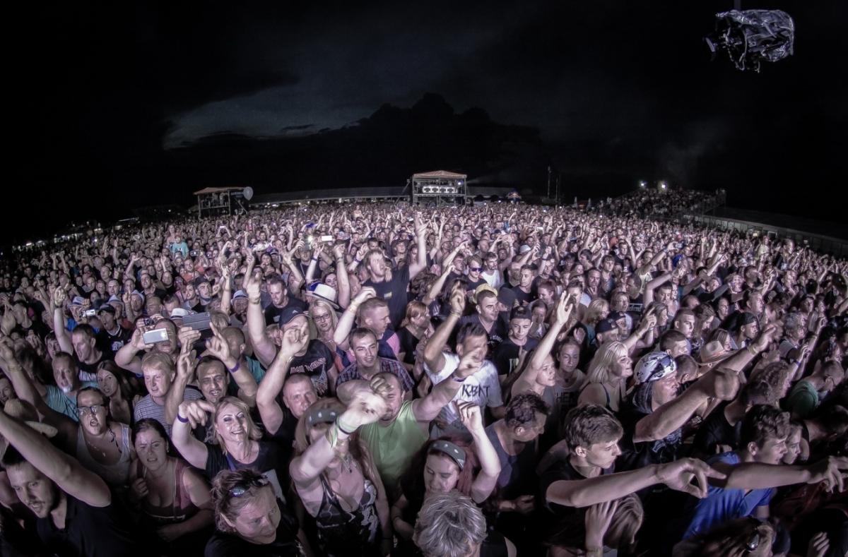 Festival Topfest v areálu letiště …