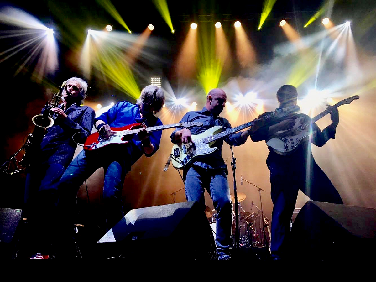 Britská rocková legenda The Dire Straits …