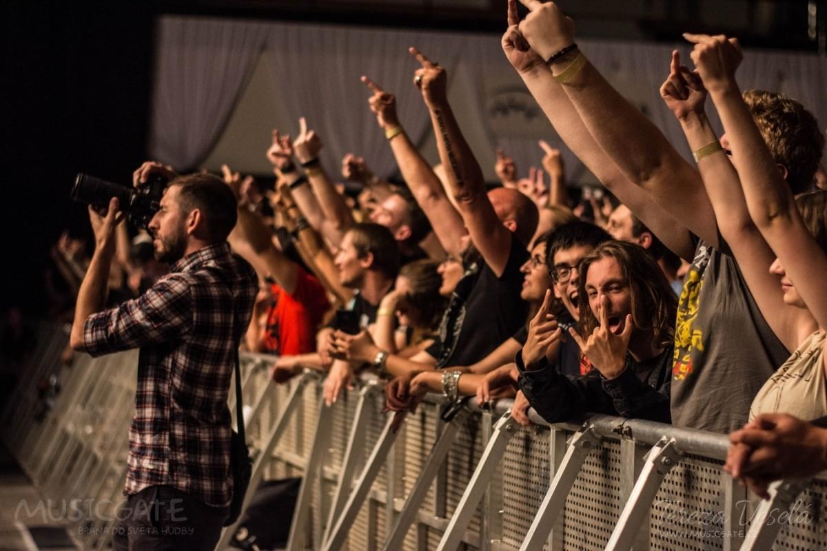 13. června přilákali The Offspring do …