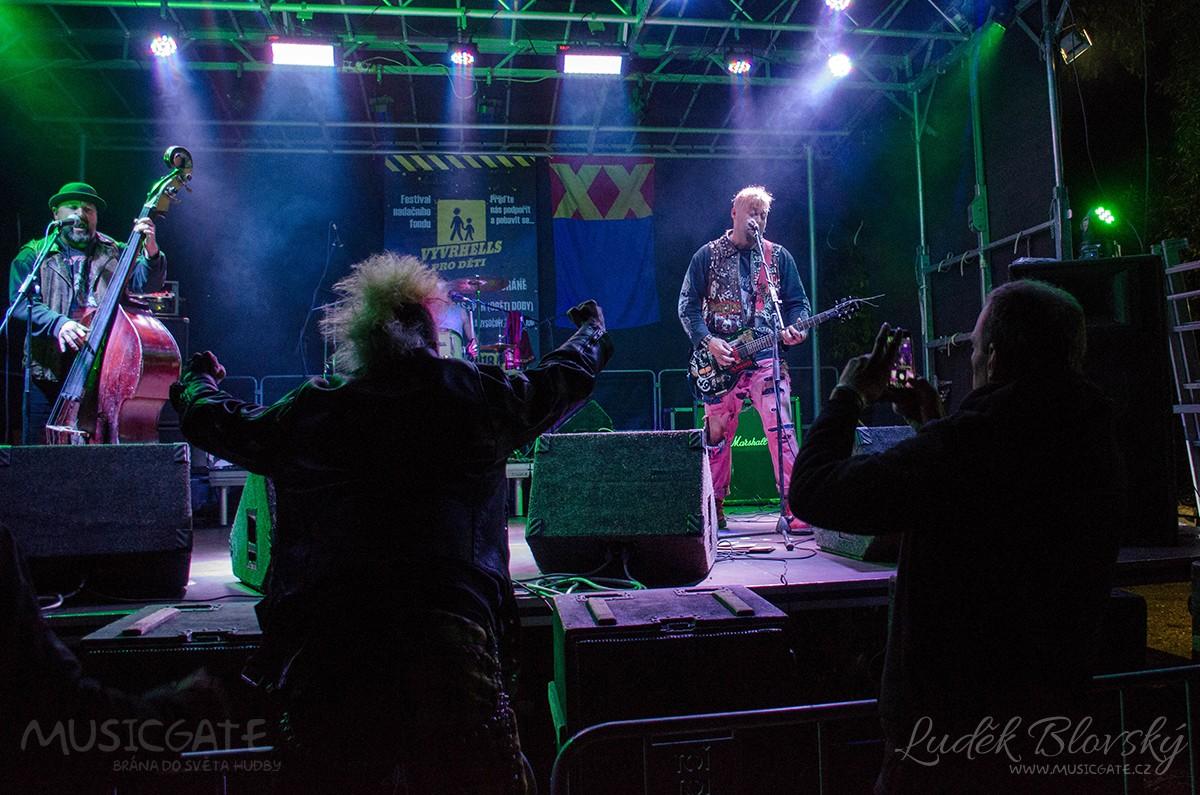 Ostrý punk představila nýřanská skupina S.A.S. …