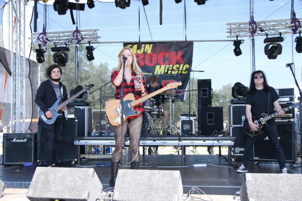 Na Fajn rock music pódiu následovala brněnská …