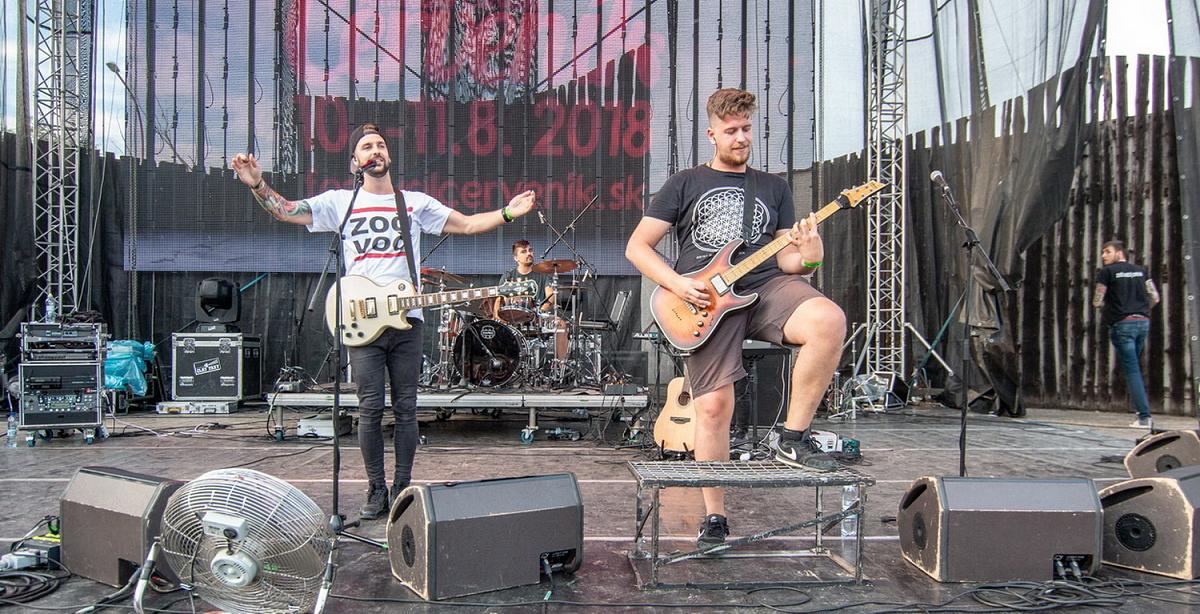 Bratislavská skupina HEX sa představila …