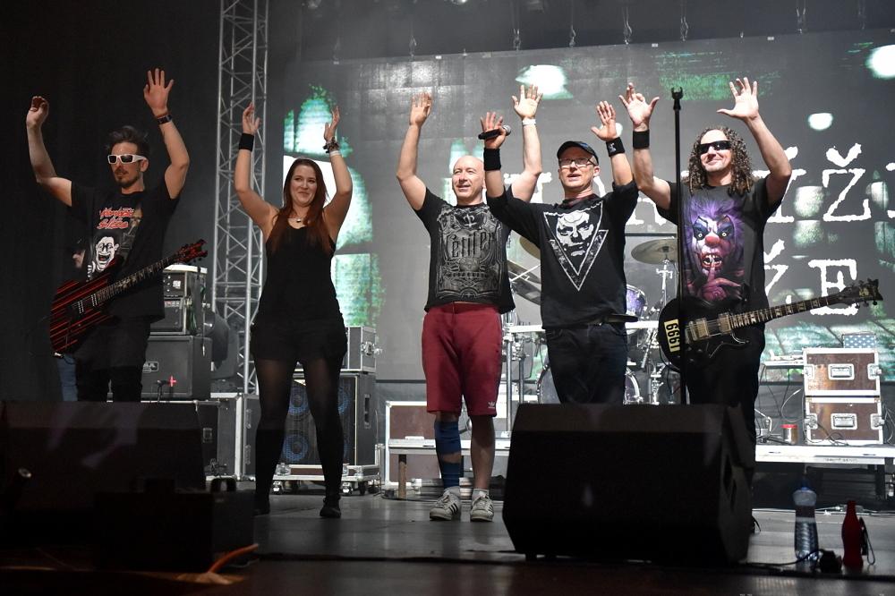 Nitranská kapela Horkýže Slíže vyráží na …