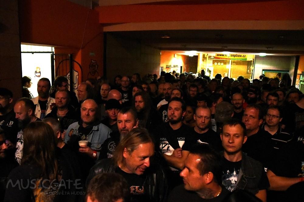 Polská death metalová kapela VADER slaví letos …
