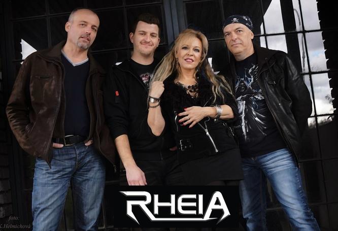 Teprve rok působící pražská rock metalová …