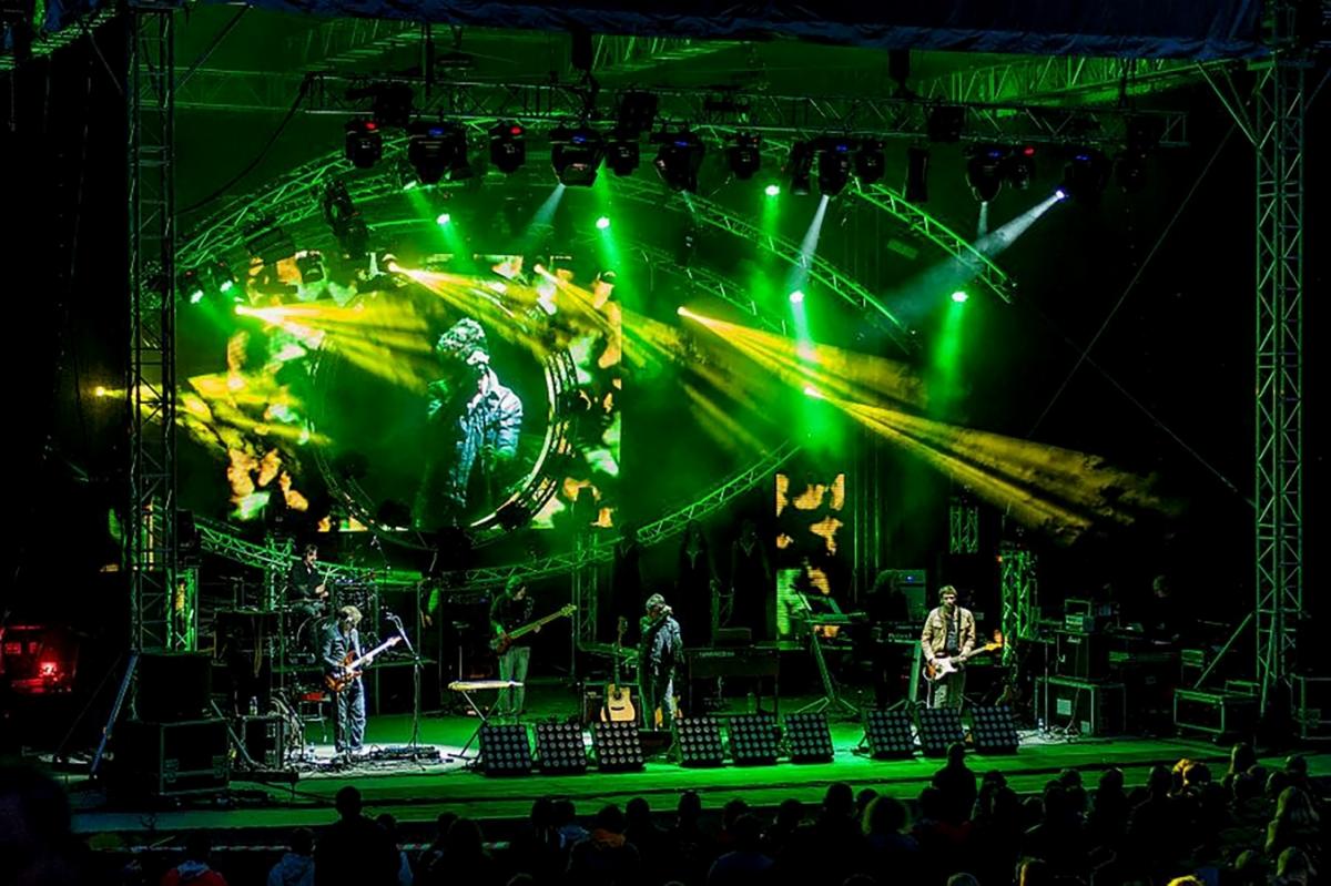 Pocta Pink Floyd, velkolepá show Floyd …