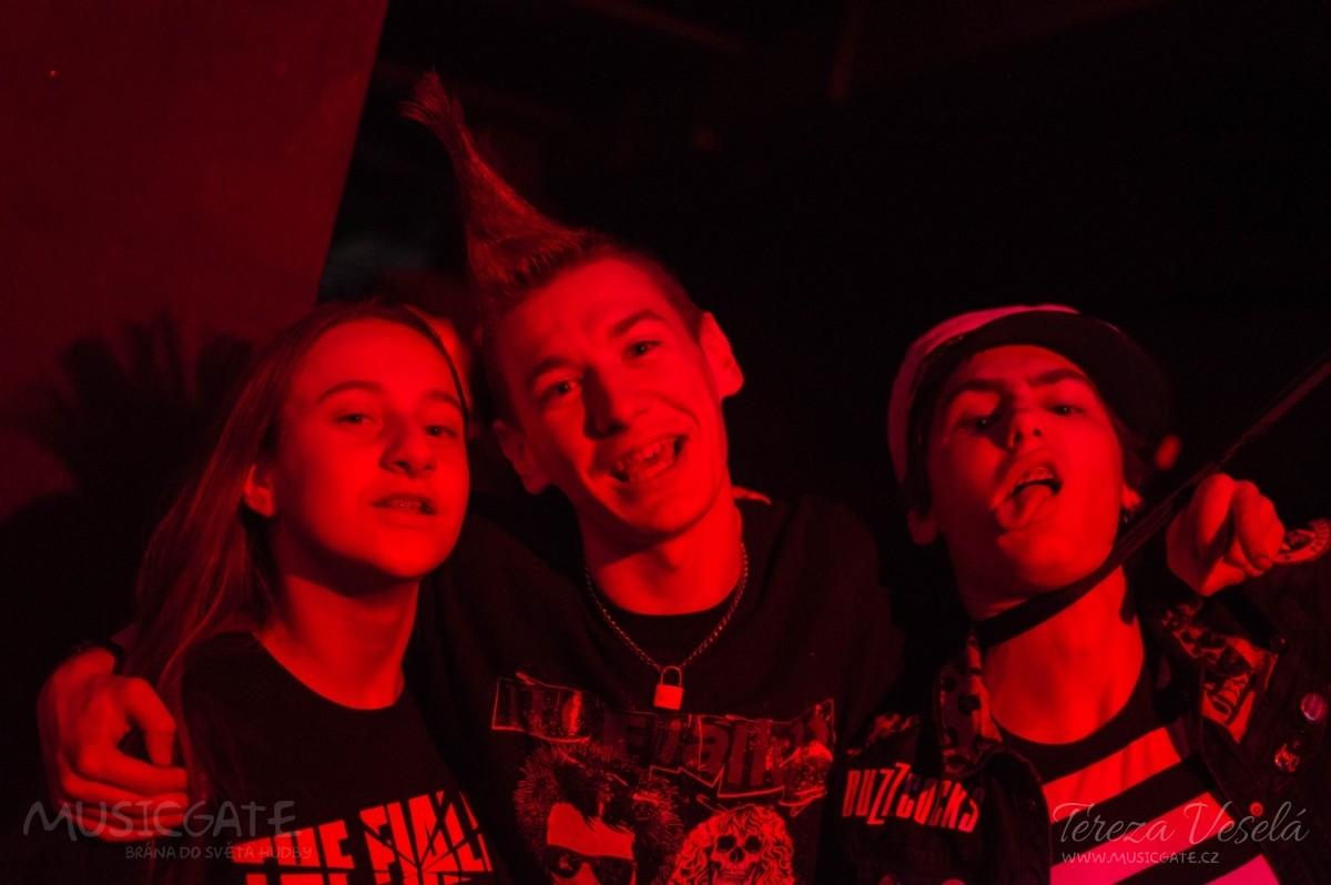 Hity ranně punkových, post-punkových i jiných …
