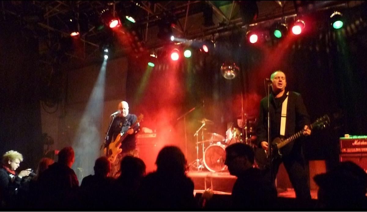 Ryzí podobu britského melodického punku …