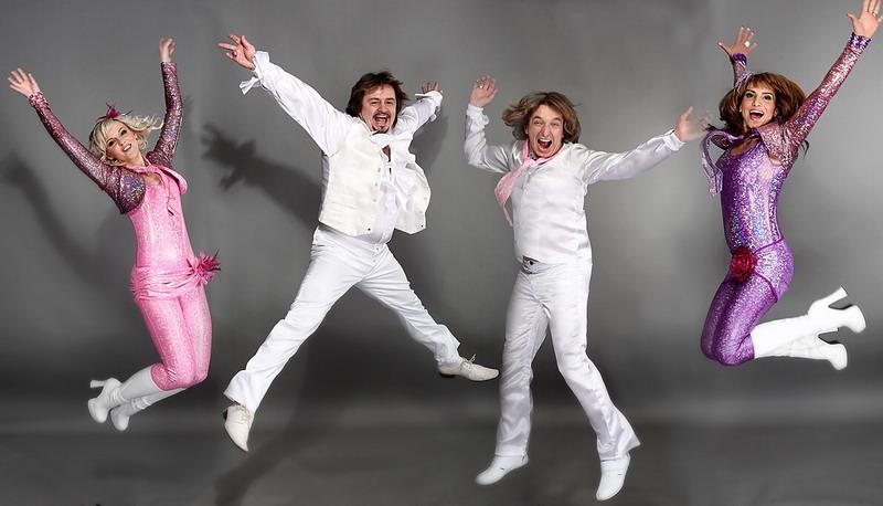 Skupina ABBA STARS hraje třicet pět písní od …