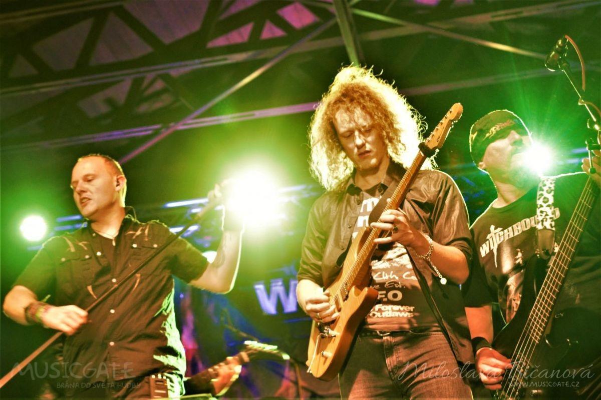 Marquis Rock rozjel oslavu svých padesátin ve velkém stylu, a to pozváním Witchbound z ex-Stormwitch, Halford a mnoho dalších umělců v nezapomenutelné show