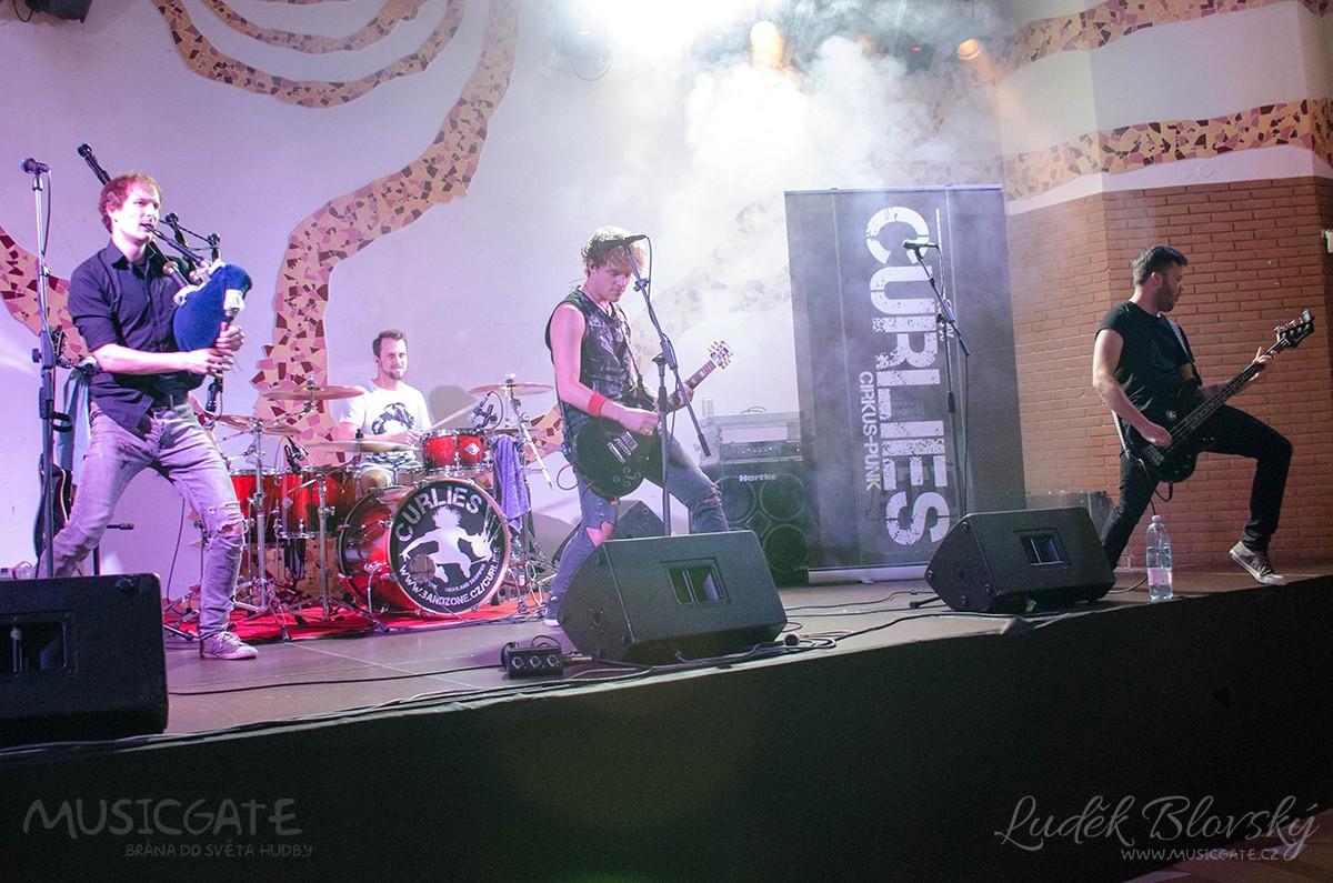První zastávku Rock live tour si kapely mohou odškrtnout
