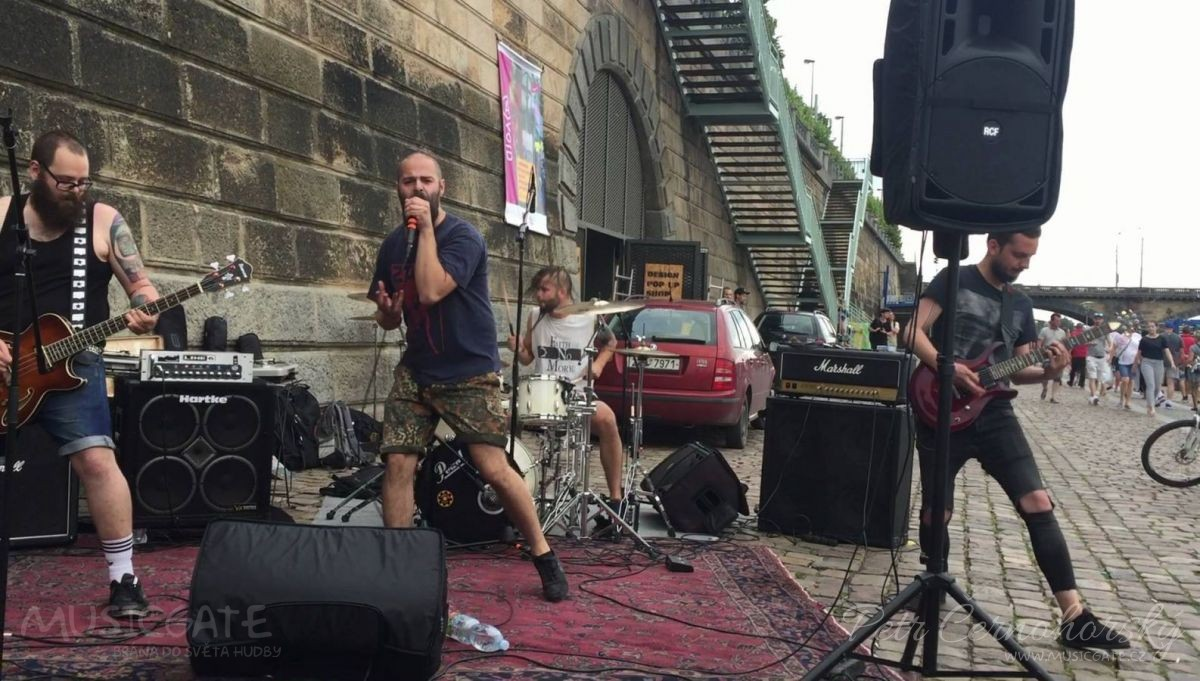 Nová kapela Hydrauliter je black metal/hardcore/punk