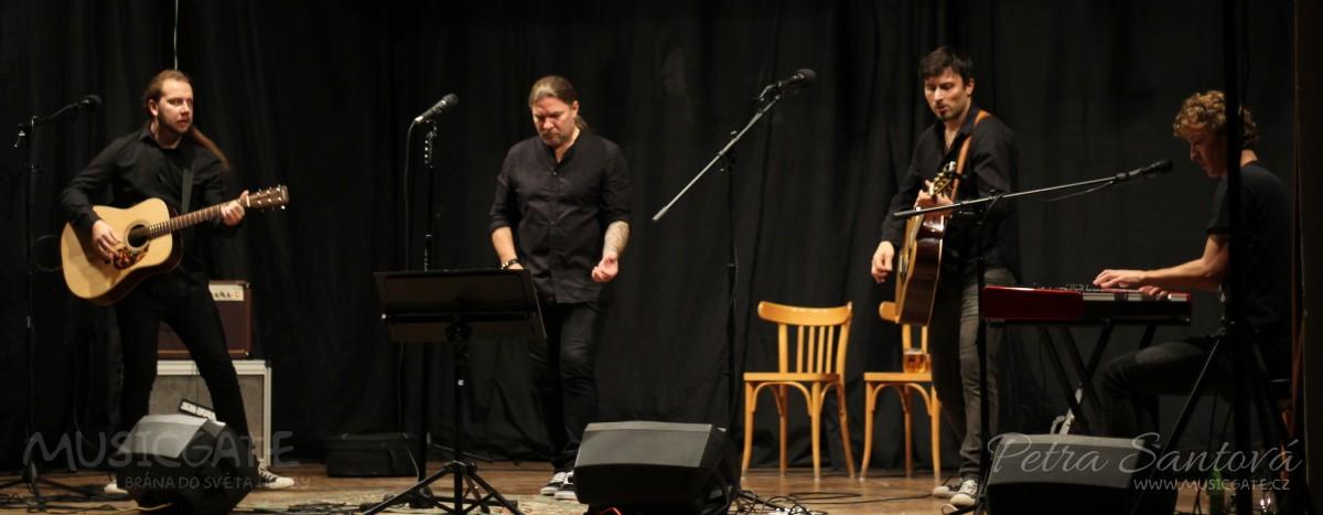 Akustický koncert Petra Koláře