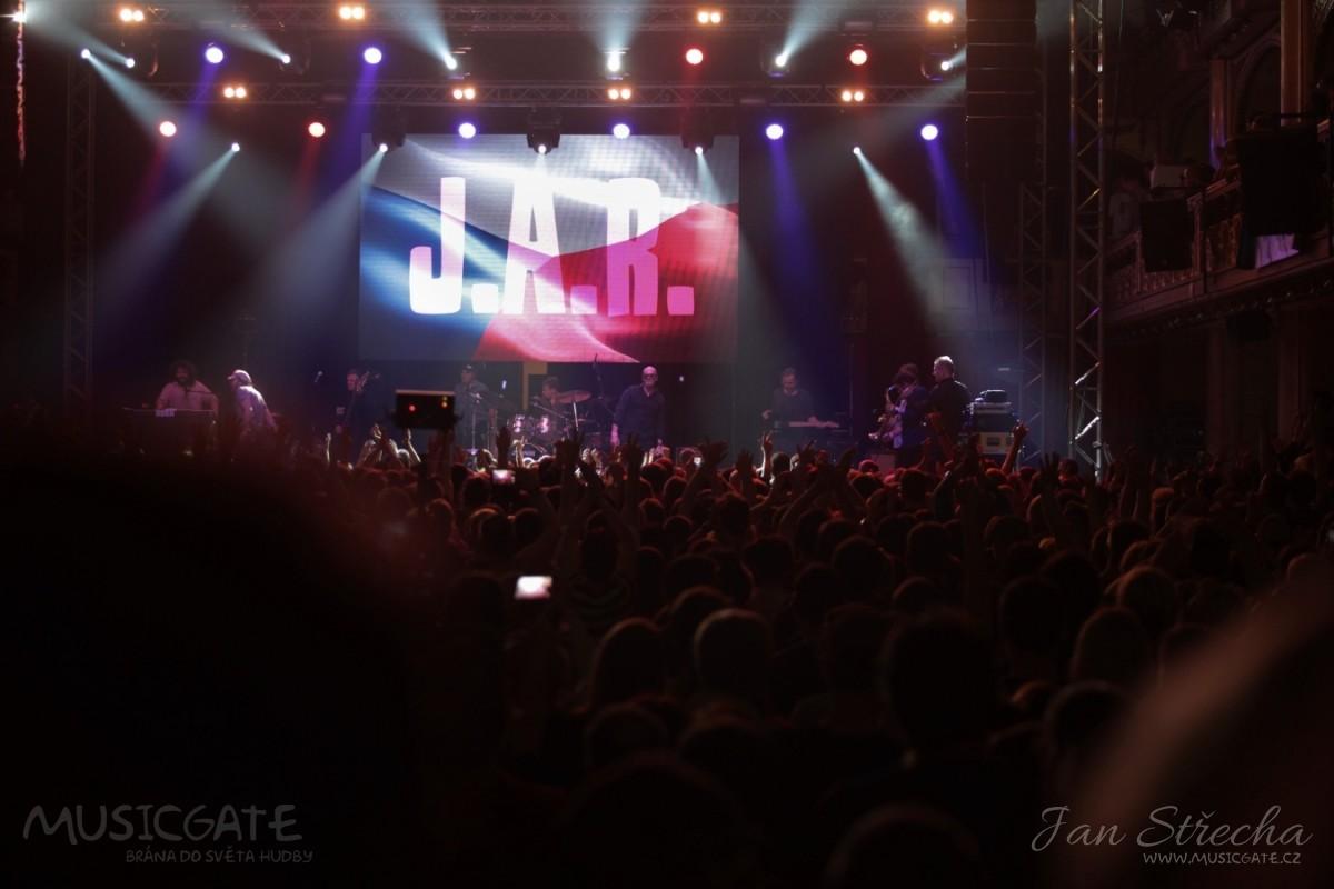 J.A.R. oslavili v Lucerně 17. listopad