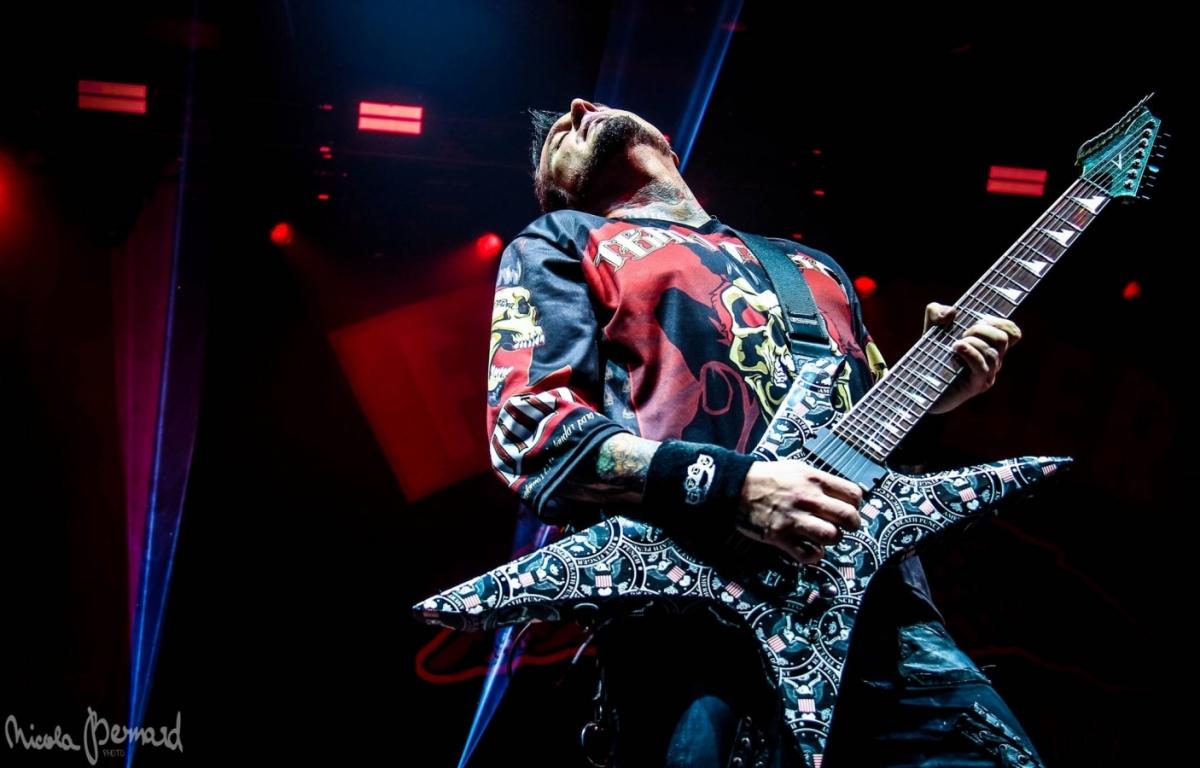 In Flames a Five Finger Death Punch dovezli show po strop narvanou energií