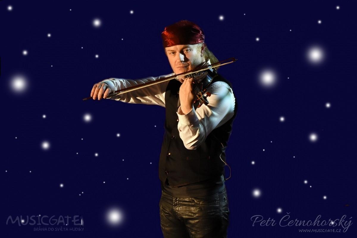 Vánoce na modrých houslích Pavla Šporcla