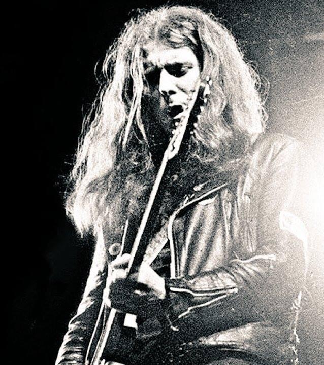 Zemřel Edward Allan Clarke kytarista Motörhead