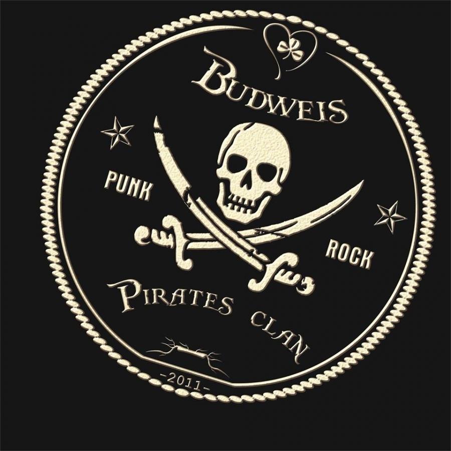 Budějovičtí Piráti už se neplaví všichni pod stejnou vlajkou, stihli spolu ale ještě natočit klip!