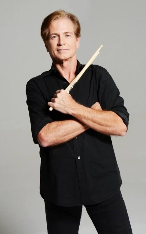 Zemřel Pat Torpey, bubeník kapely Mr Big