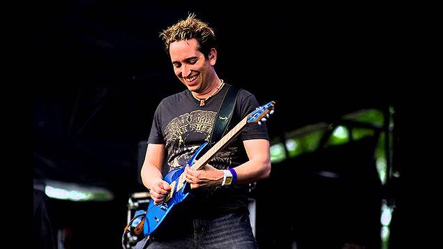 Král světového melodického rocku Neil Zaza už tento čtvrtek v Písku