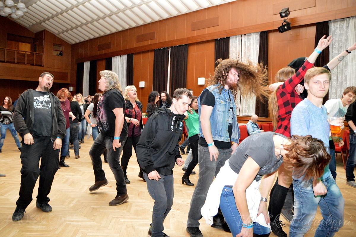 Padesátý devátý Rockový bál ve Staňkově se vydařil