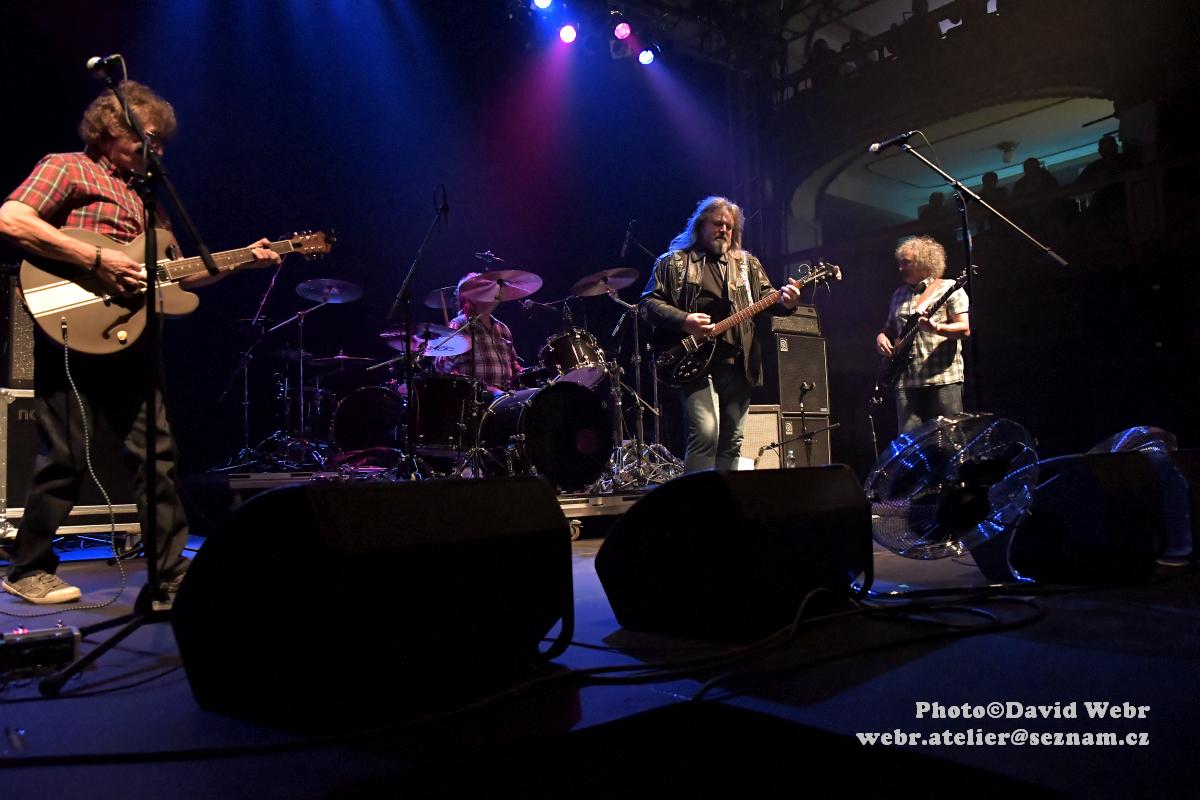 Creedence Clearwater Revived vystoupí již na konci března v ČR