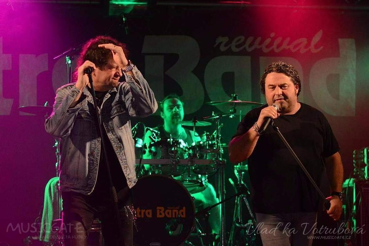 KD Mrákov ožije tradičním velikonočním bigbítem se skupinou Extra Band revival a hostem Radkem Zíkou